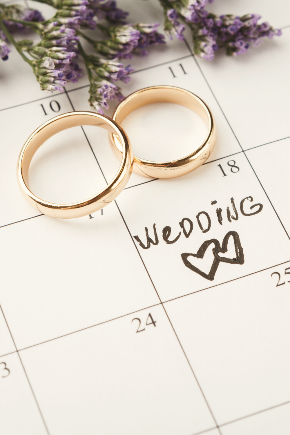 Check out these tips on how to hire the perfect wedding planner for you!