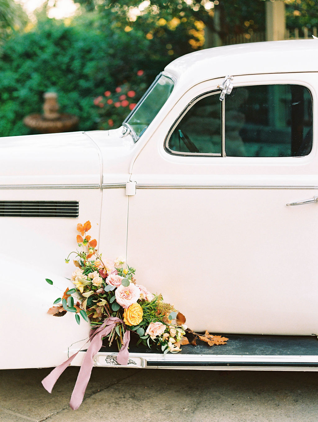 Ideas for the Perfect Wedding Day Getaway Car