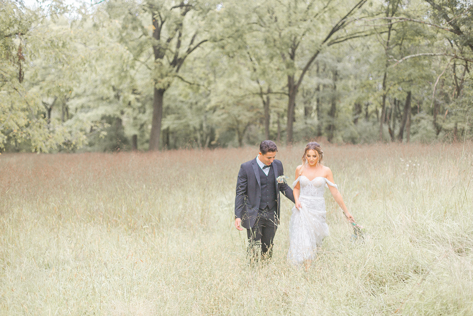 Dreamy Autumn Intimate Wedding Inspiration as photographed by Kevin & Aly Photography