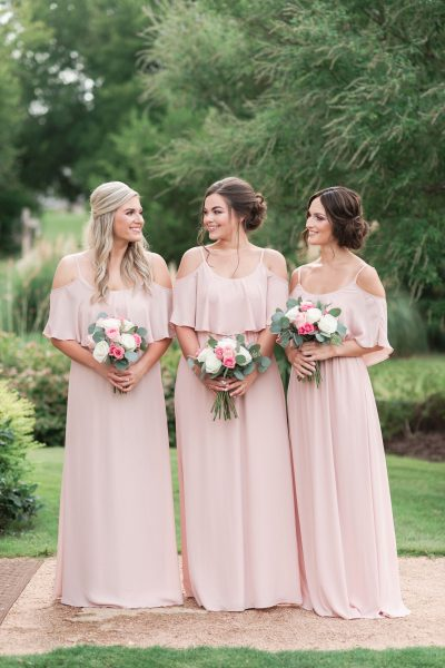 SHORT ENGAGEMENT? 7 TIPS TO PULL OFF A STUNNING WEDDING