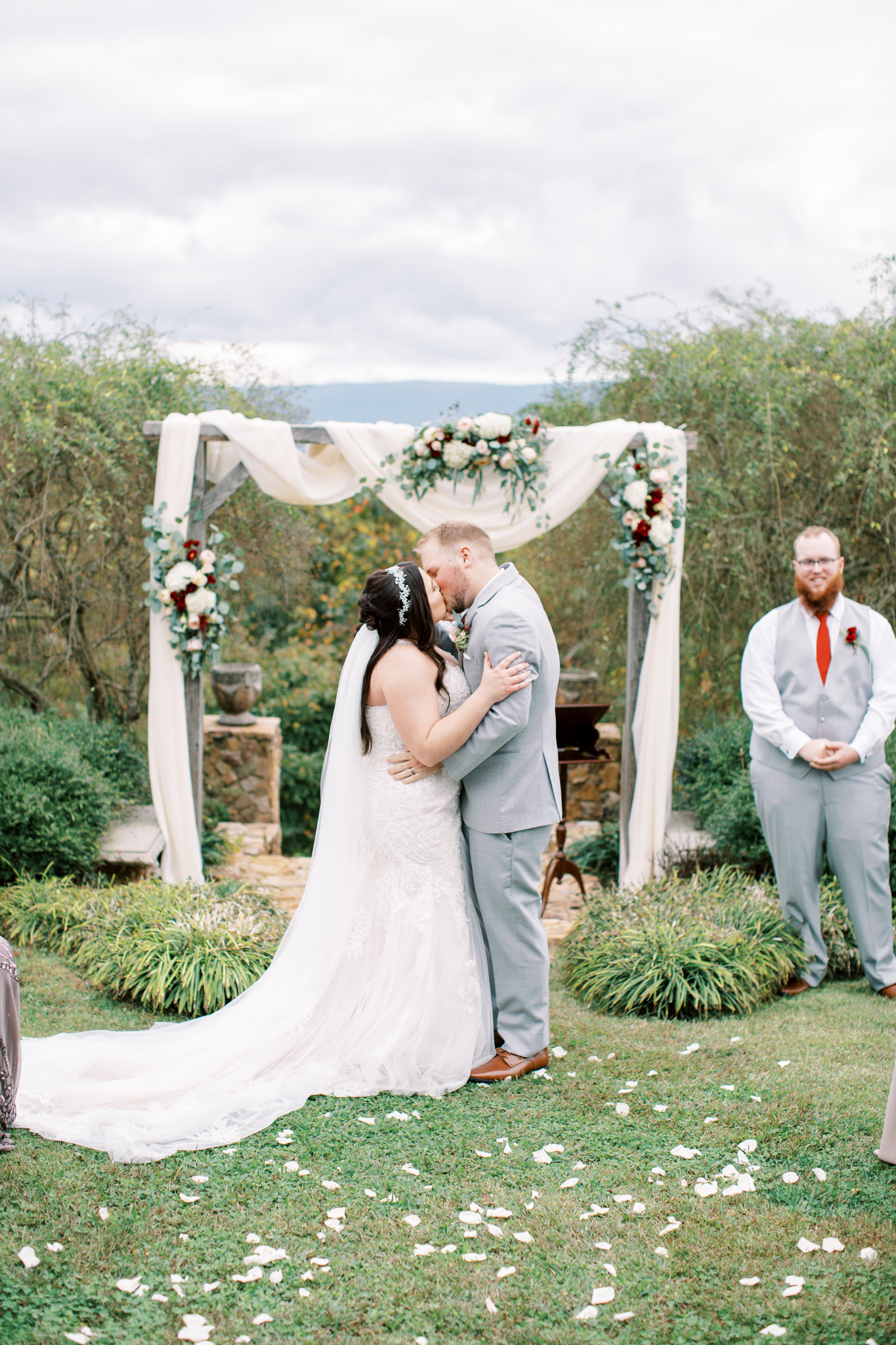 Weddings Unveiled - Bethany S -  Mountain Willow Manor - Whitwell TN - Mariah Rock Photography
